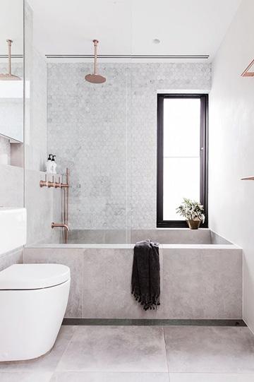 C mo lograr hermosos ba os modernos con ducha en tu hogar for Banos con tina y ducha
