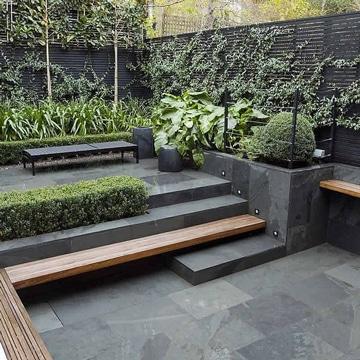 diseños de terrazas pequeñas en negro