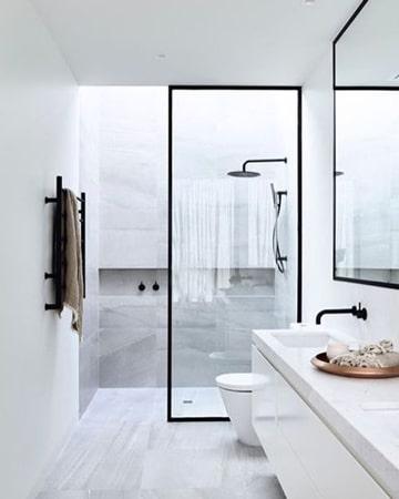 baños pequeños modernos y elegante en blanco