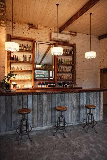 diseño de bares pequeños de madera