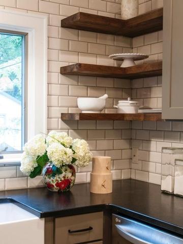 Elige entre estas geniales repisas de madera para cocina for Muebles de esquina para cocina
