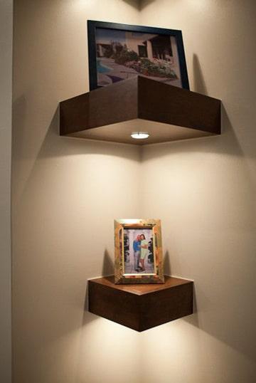 repisas modernas para salas con luces