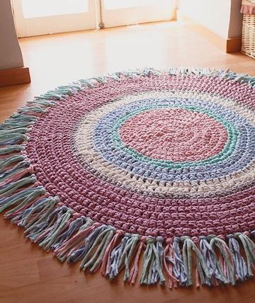 Dale estilo a tus pisos con estas alfombras hechas a mano for Alfombra colores
