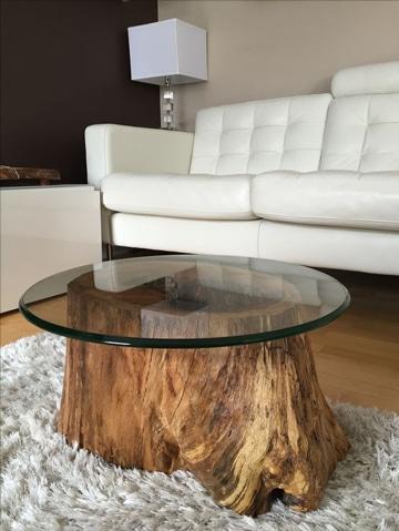 Las mesas rusticas de troncos tambi n tienen estilo como - Mesas de troncos de madera ...