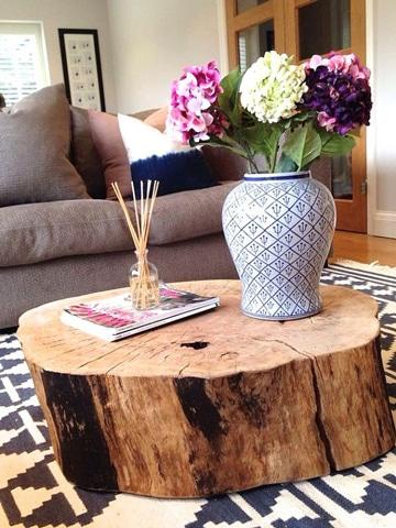 mesas rusticas de troncos grandes