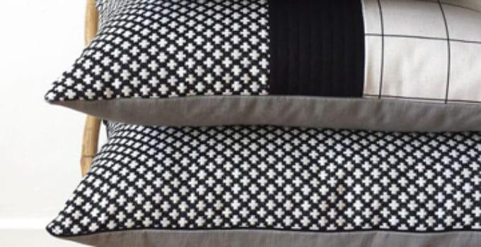 apuesta por la modernidad con cojines blanco y negro