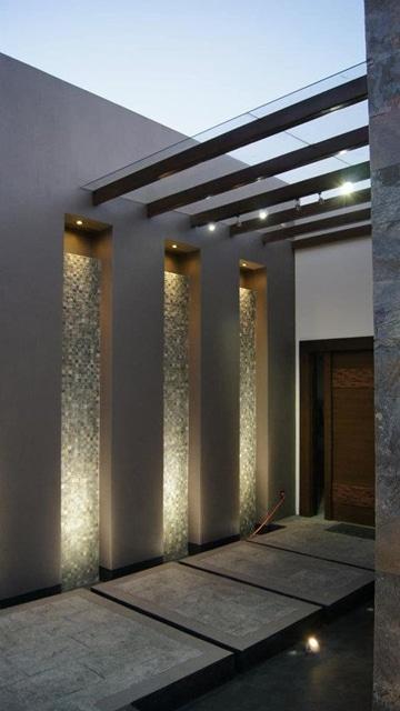 decoracion de entradas y pasillos con iluminacion