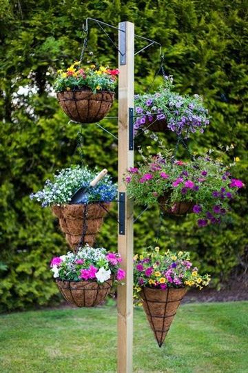 decoracion de jardines con macetas flores silvestres