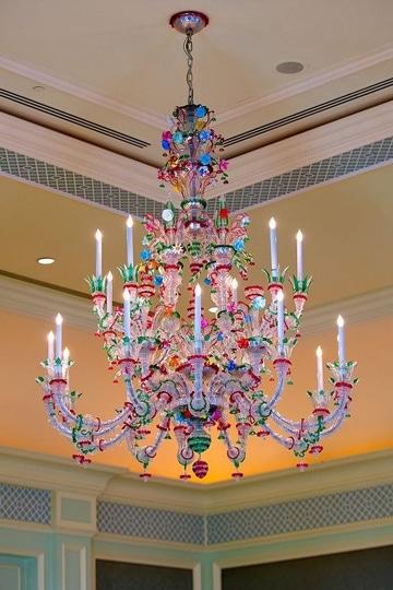 lamparas de cristal de colores lujosas