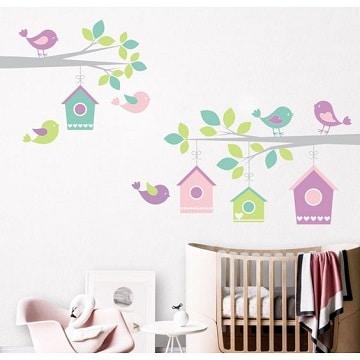 Sutil decoracion con dibujos para cuartos de bebes como for Vinilos habitacion bebe nino