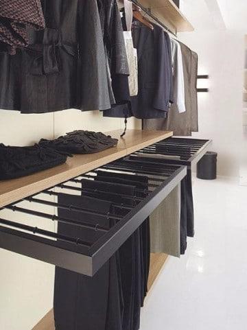 Originales ideas para closets peque os que ahorran espacio for Ideas para closets en espacios pequenos