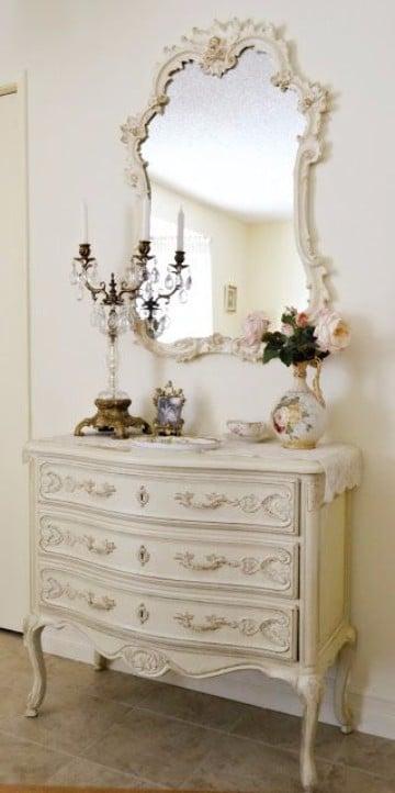 muebles blancos vintage de madera