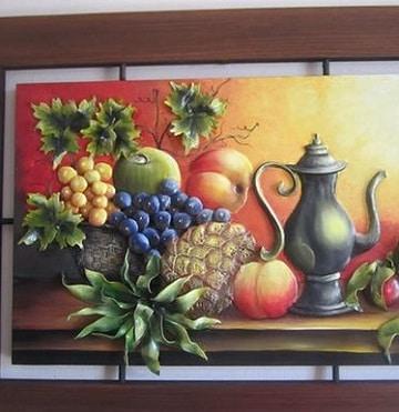 Decoracion con tradicionales cuadros de frutas para comedor
