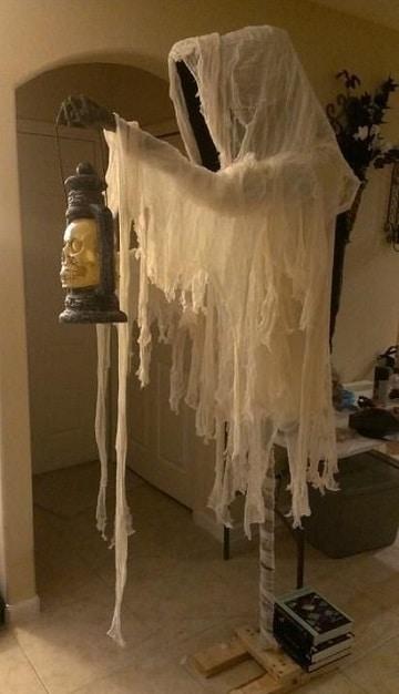 fantasmas para decorar halloween espeluznantes