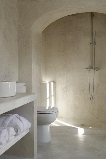 cuartos de baño blancos simples