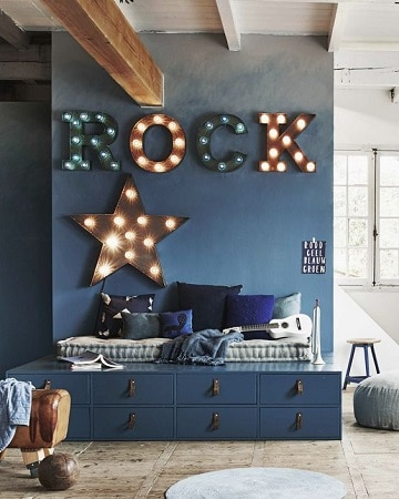 cuartos de color azul marino