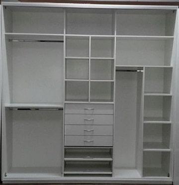 Diferentes dise os y modelos de roperos empotrados for Modelos de closets para dormitorios pequenos