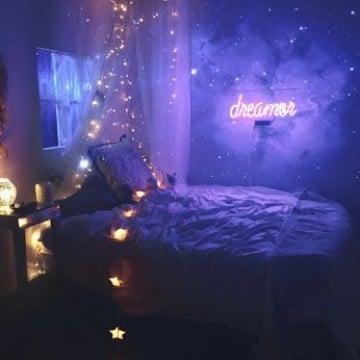cuartos pintados de galaxia con luces