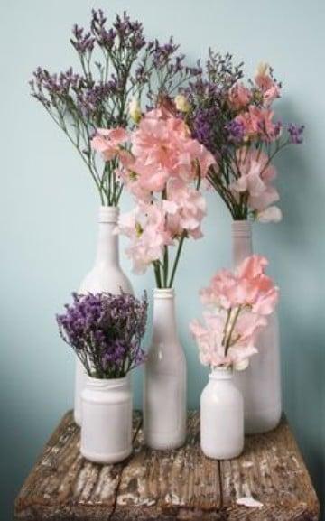 imagenes de floreros con flores reciclados