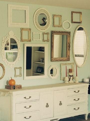 paredes decoradas con espejos clasicos