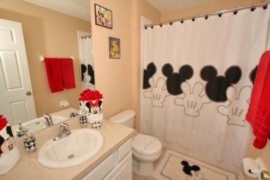cortinas de mickey mouse para baño