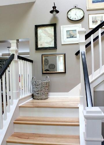cuadros para decorar escaleras colores neutros