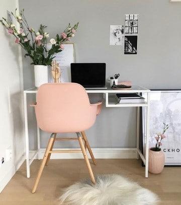 cuarto de estudio en casa para mujeres