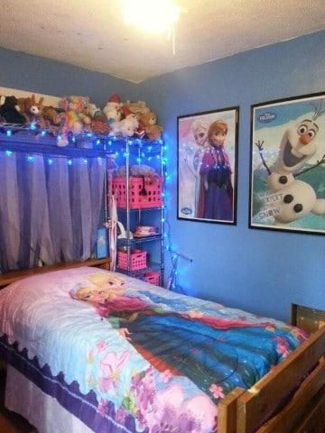cuartos decorados de frozen sencillo