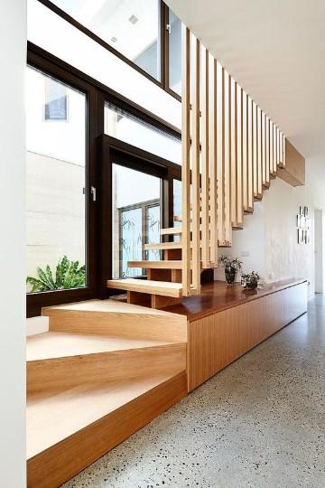 escaleras modernas para casa pequeña