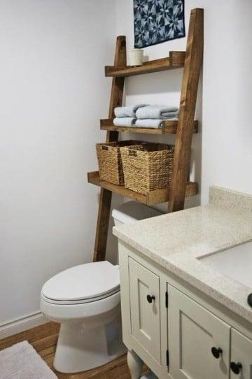estantes de madera para baño escaleras