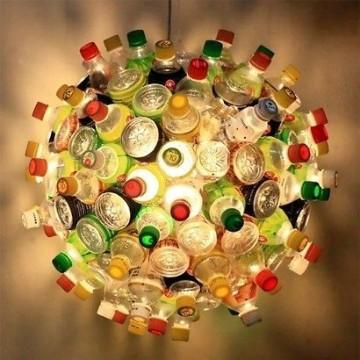lamparas con botellas de plastico creativas