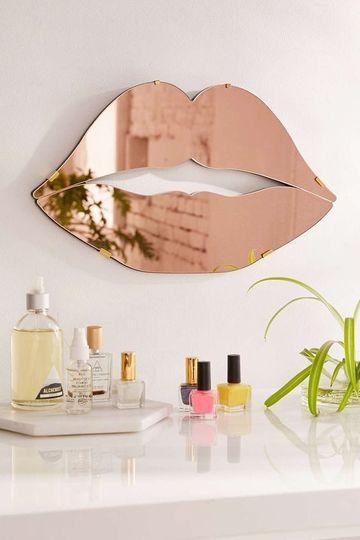 accesorios de decoracion para el hogar en espejo