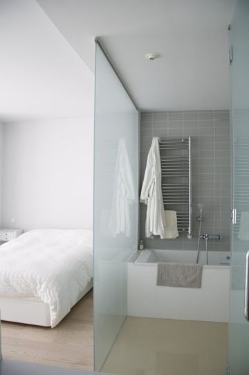 baños abiertos al dormitorio pequeños
