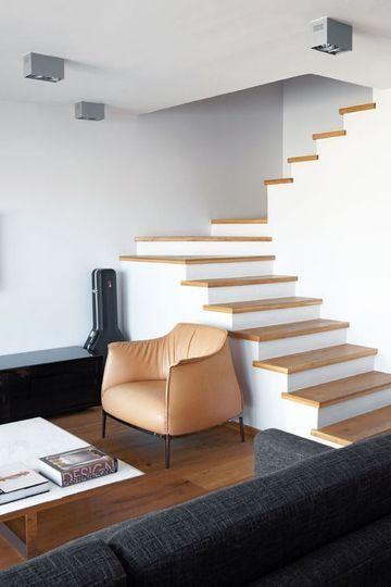 escaleras pequeñas para interiores