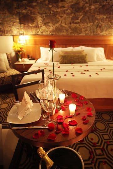 habitaciones decoradas de amor para cena romantica