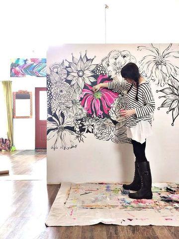 como pintar una pared con diseño de colores