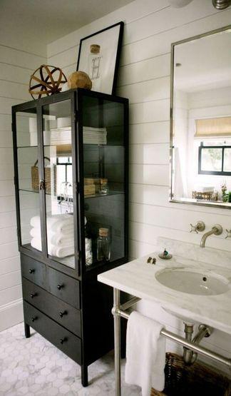 estanterias de pie para baño tipo vitrina