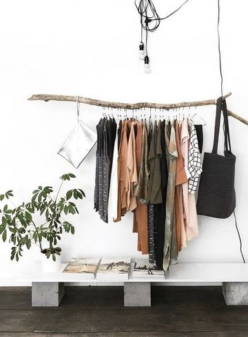 como hacer un perchero para ropa rustico