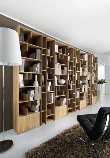 estantes de madera para pared completa