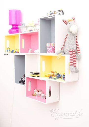 estantes de madera para pared para niños