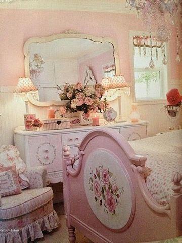 muebles para habitacion de niña vintage