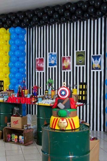 decoracion de avengers para fiesta de niño