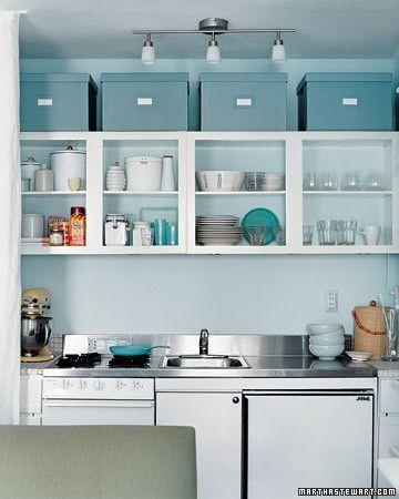 cocinas pequeñas y practicas muy organizadas