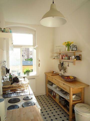 como decorar una cocina chica con madera