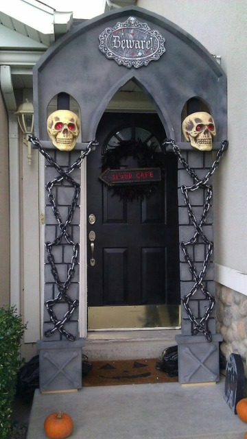ideas de como adornar mi puerta para halloween