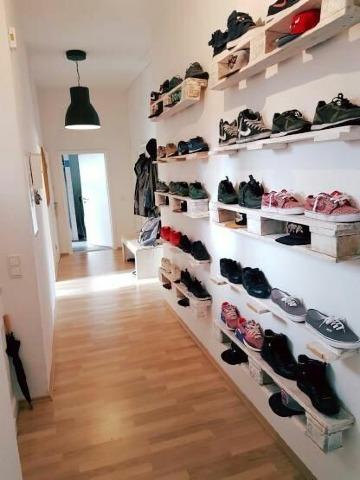 originales zapateros estrechos para pasillos