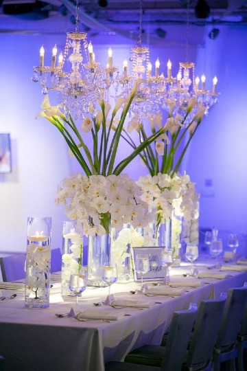 centros de mesa con floreros de vidrio