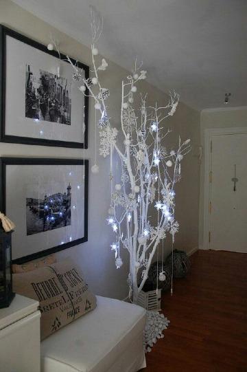 como decorar un arbol seco en casa