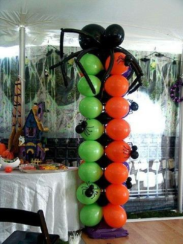 como hacer arañas con globos para fiestas