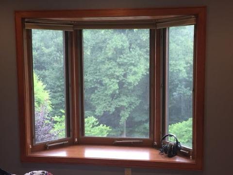 diseños de ventanas de madera modernas